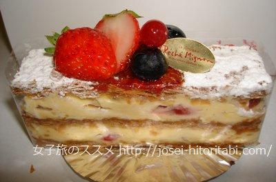 ペシェミニョン函館のケーキ