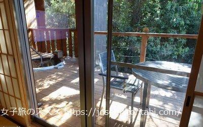 松葉温泉 滝の湯の客室テラス